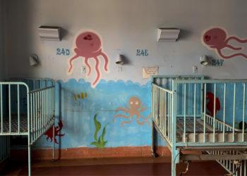 Luego de descubrir que padecía una etapa terminal de cáncer, la enfermera decidió confesar que intercambió más de 5.000 bebés por diversión. Foto: EFE