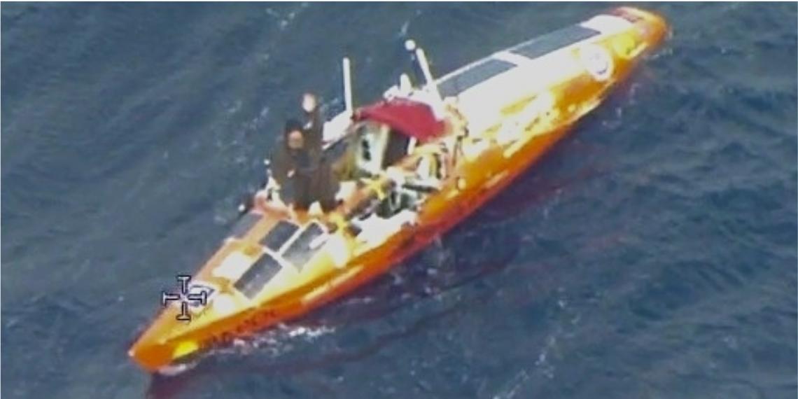 Un ciudadano ruso completó 141 días de travesía a través del océano Pacífico a bordo de su kayak.