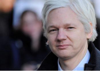 El fundador de WikiLeaks, Julian Assange, fue condenado a 50 semanas de cárcel por un tribunal en Londres. Foto: EFE