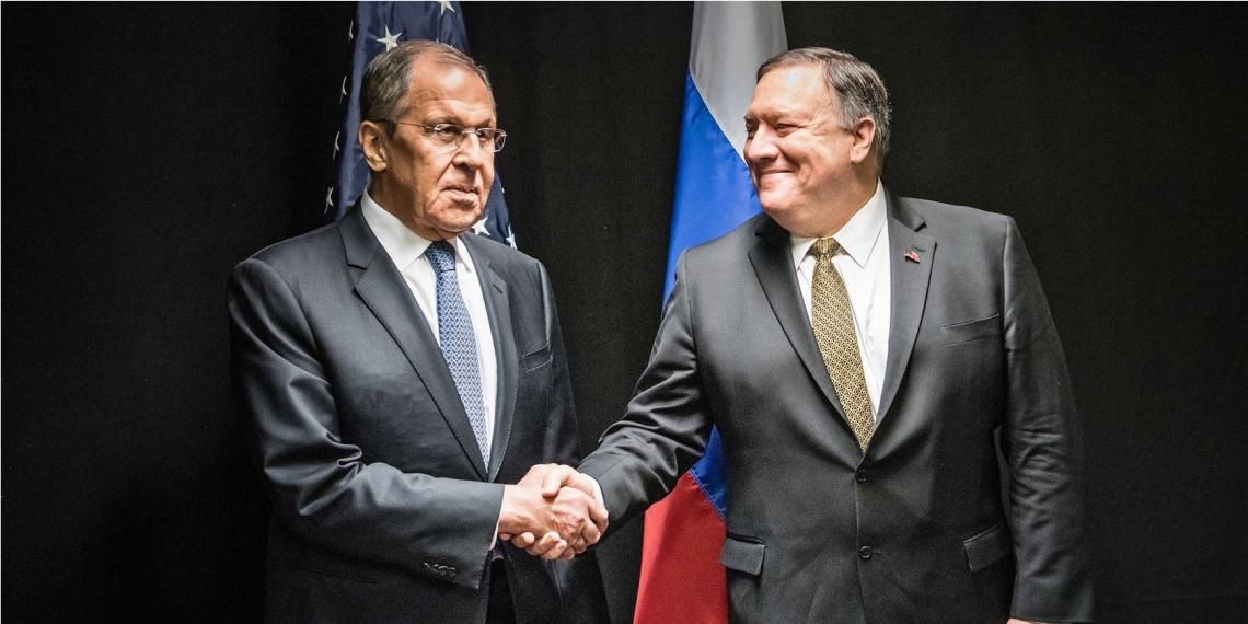 El secretario de Estado de EE.UU, Mike Pompeo, y el ministro ruso de Exteriores, Serguéi Lavrov, sostuvieron un encuentro en Finlandia